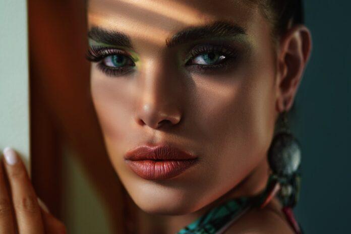 makijaż,foxeyes,oczy,twarz,modelka,zakupy